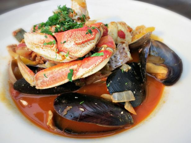 Sam's Chowder House Cioppino