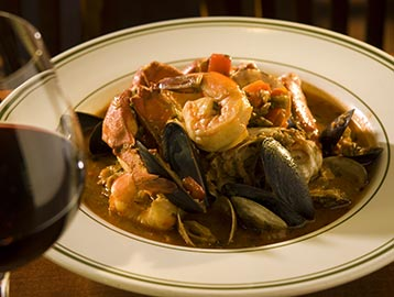Cioppino and red wine